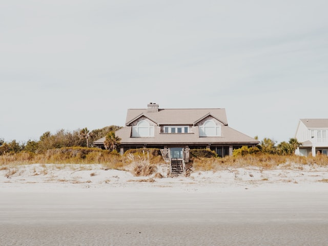 Beach Lifts Make The Beach House Easy To Live In