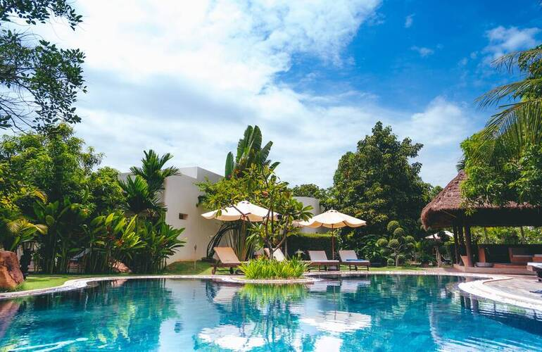 Maintaining A Balanced Water System For Your Swimming Pool