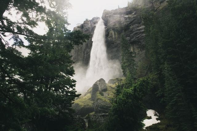 yangbay waterfalls