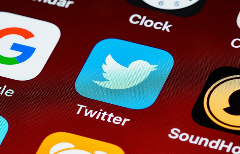 Top 8 Ways to Boost Your Twitter Follower