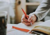 IMPORTANCE OF CUSTOM WRITING SERVICES