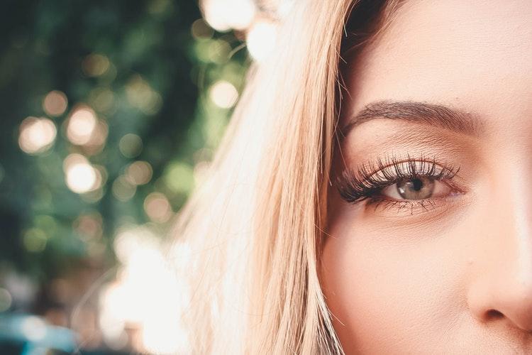 Thick and Beautiful Eyelashes
