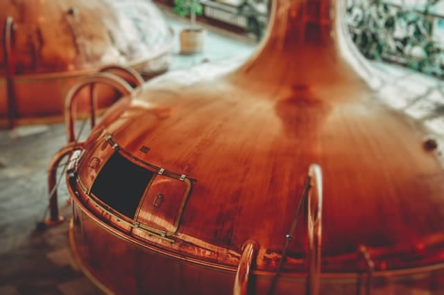 5 Reasons to Visit a Distillery Nearest You