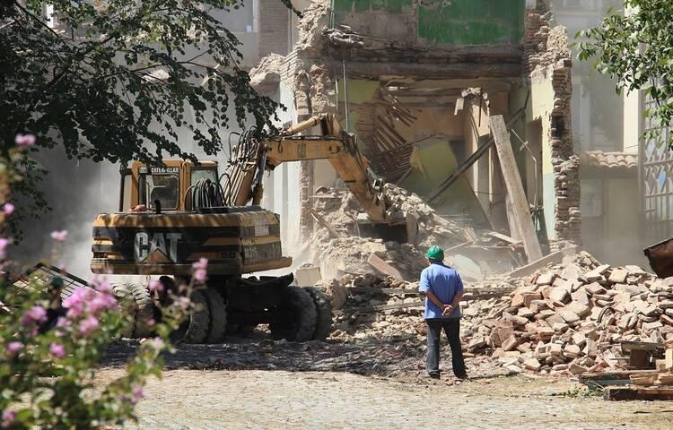 demolition_contractors
