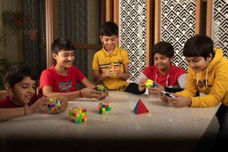 How to teach a kid to solve a Rubik's cube