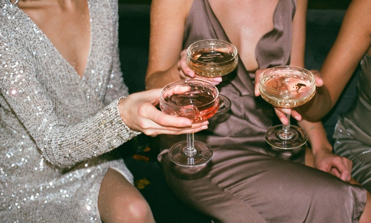 5 Alcohol Abuse Treatments and Their Pros and Cons