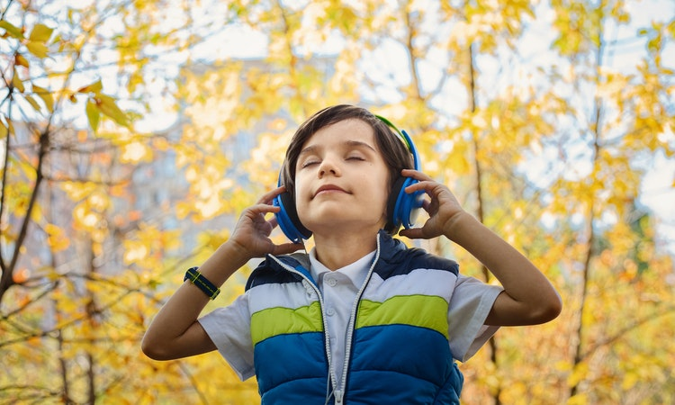 Here are 6 tips to help you prevent hearing loss