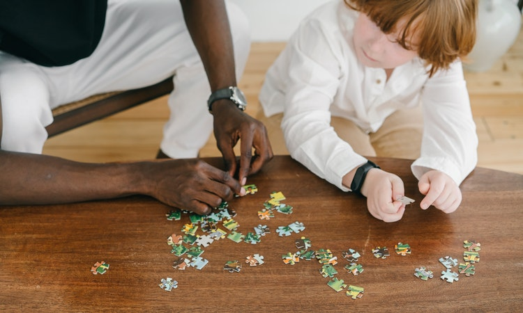 Why Are Custom Jigsaw Puzzles a Good Gift Option?