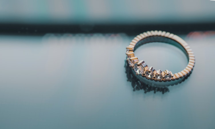 Buy ring online: What are the qualities noticed in cheap engagement rings?