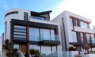 How To Avoid Costly Mistakes When Buying A House